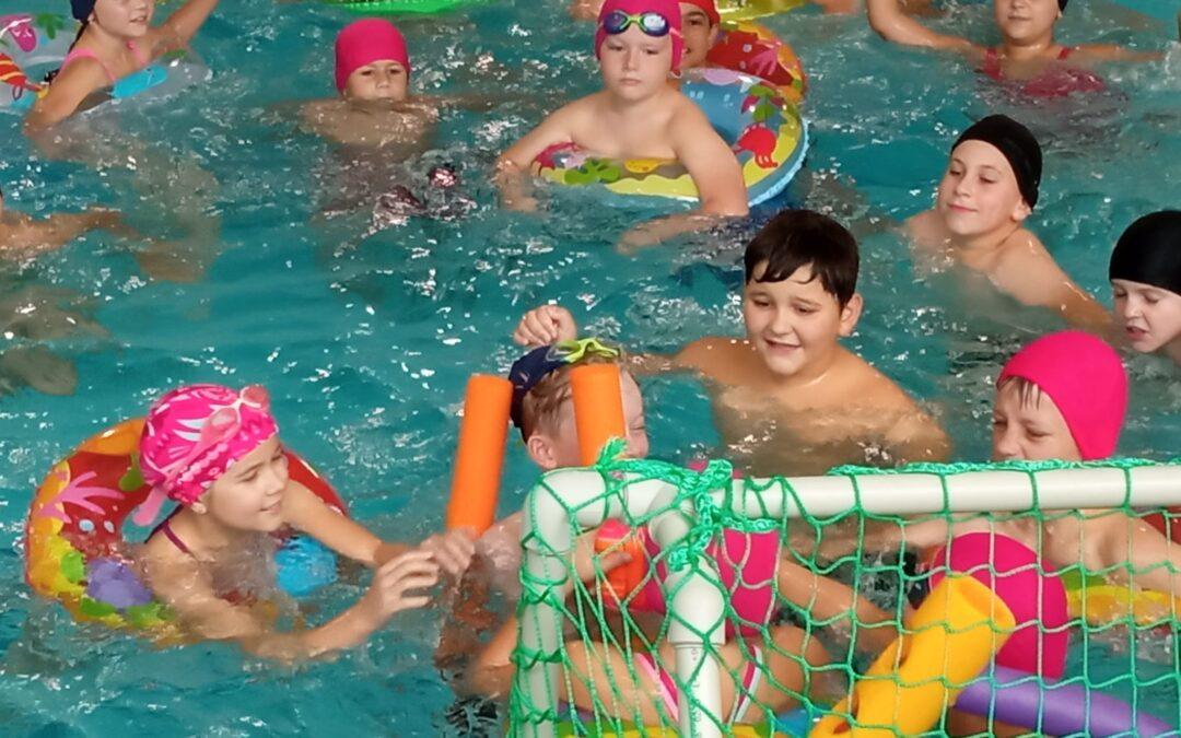 Chráněno: Plavání 3. třída – foto :-)